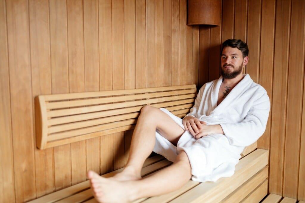 Muž v saune
